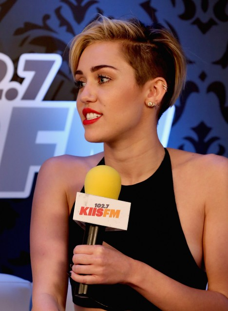 KIIS FM's Jingle Ball 2013 Presented By T-Mobile In Partnership With Samsung - Backstage