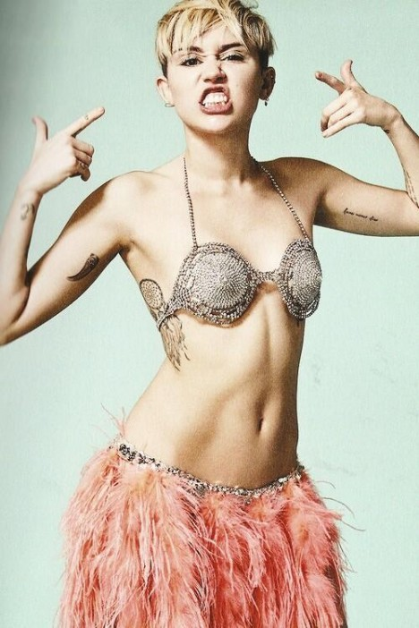 miley-bangerz-tour-promo-photo-shoot-11